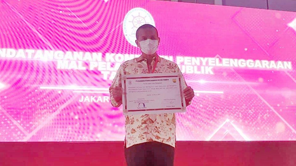 Genius Umar usai penandatanganan Komitmen Penyelenggaraan Mall Pelayanan Publik (MPP) Tahun 2021 bersama Menteri PANRB, Tjahjo Kumolo di Jakarta. Selasa, (2/3). [foto : ist]